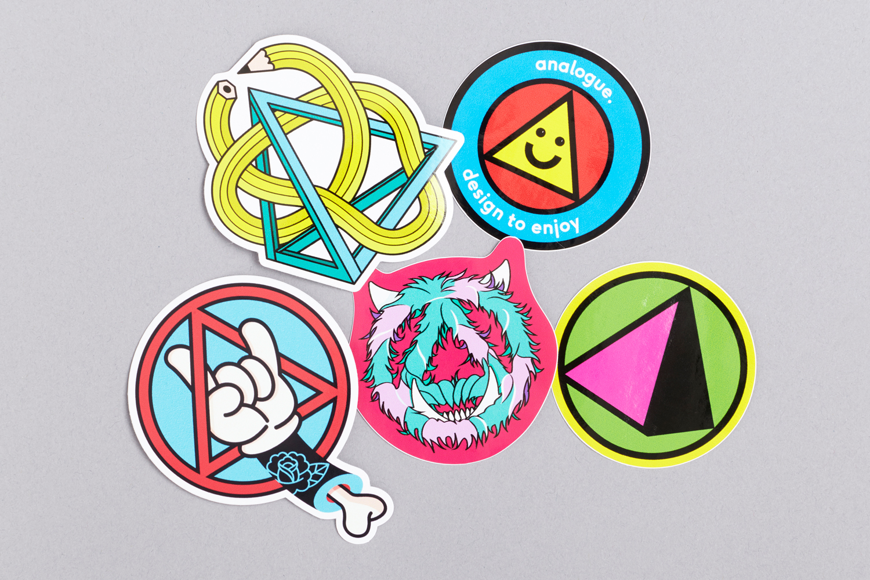 analogue_store_sticker_01_ct_1