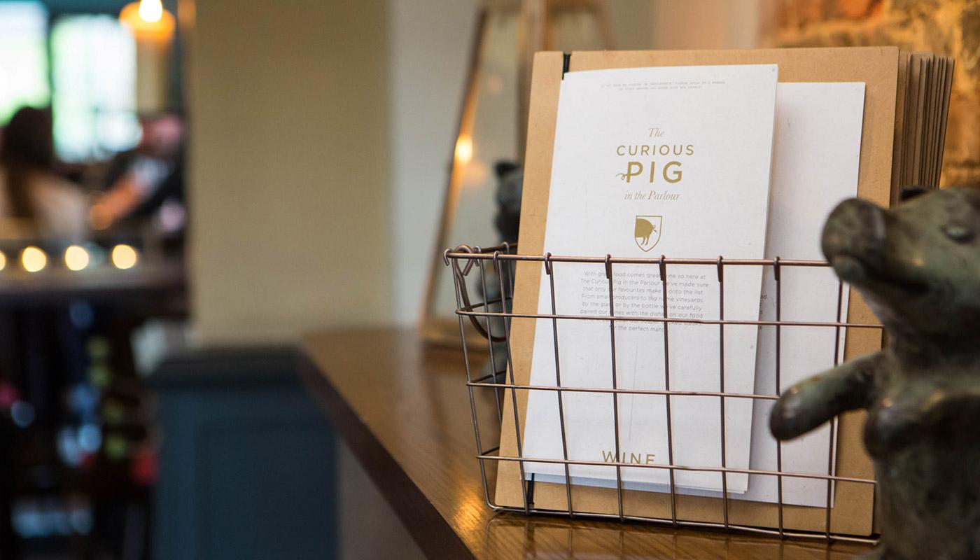 curious-pig-slider_1